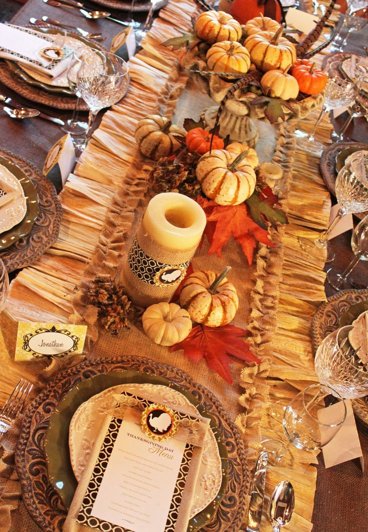 Really Impressive Dinner Thanksgiving Table Idea
