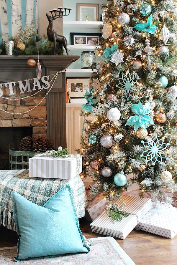 Amazing Turquoise Christmas Tree Ideas
