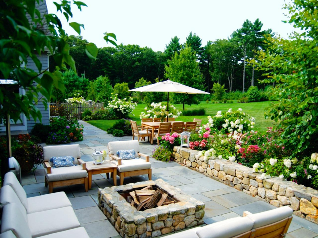 Outdoor Living Spaces: Ideas for Outdoor Rooms | Design Pics on Mansion Backyard Ideas id=69395