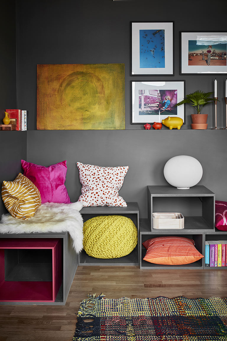 Colorful Grey Living Room For Your Modern Home