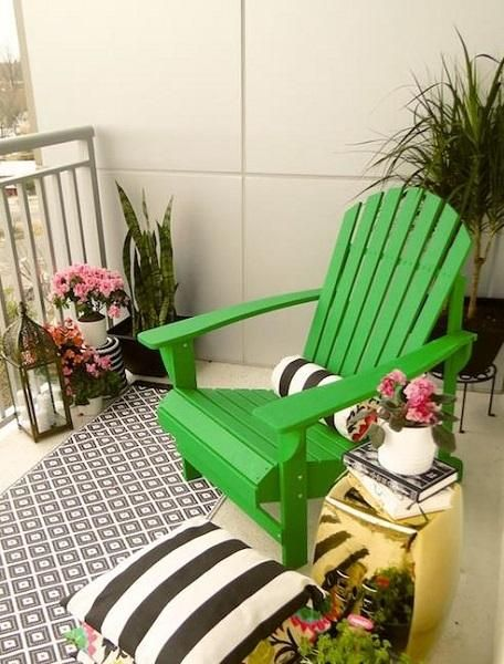 Colorful Small Balcony Decorating Ideas