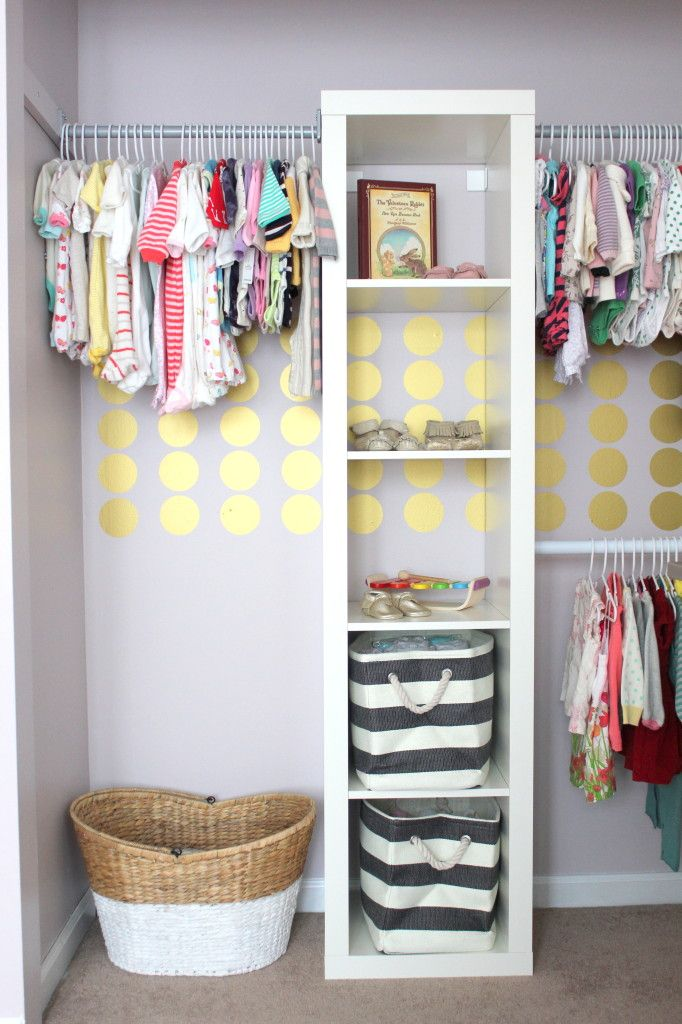 Great Idea For Organizing The Baby's Closet