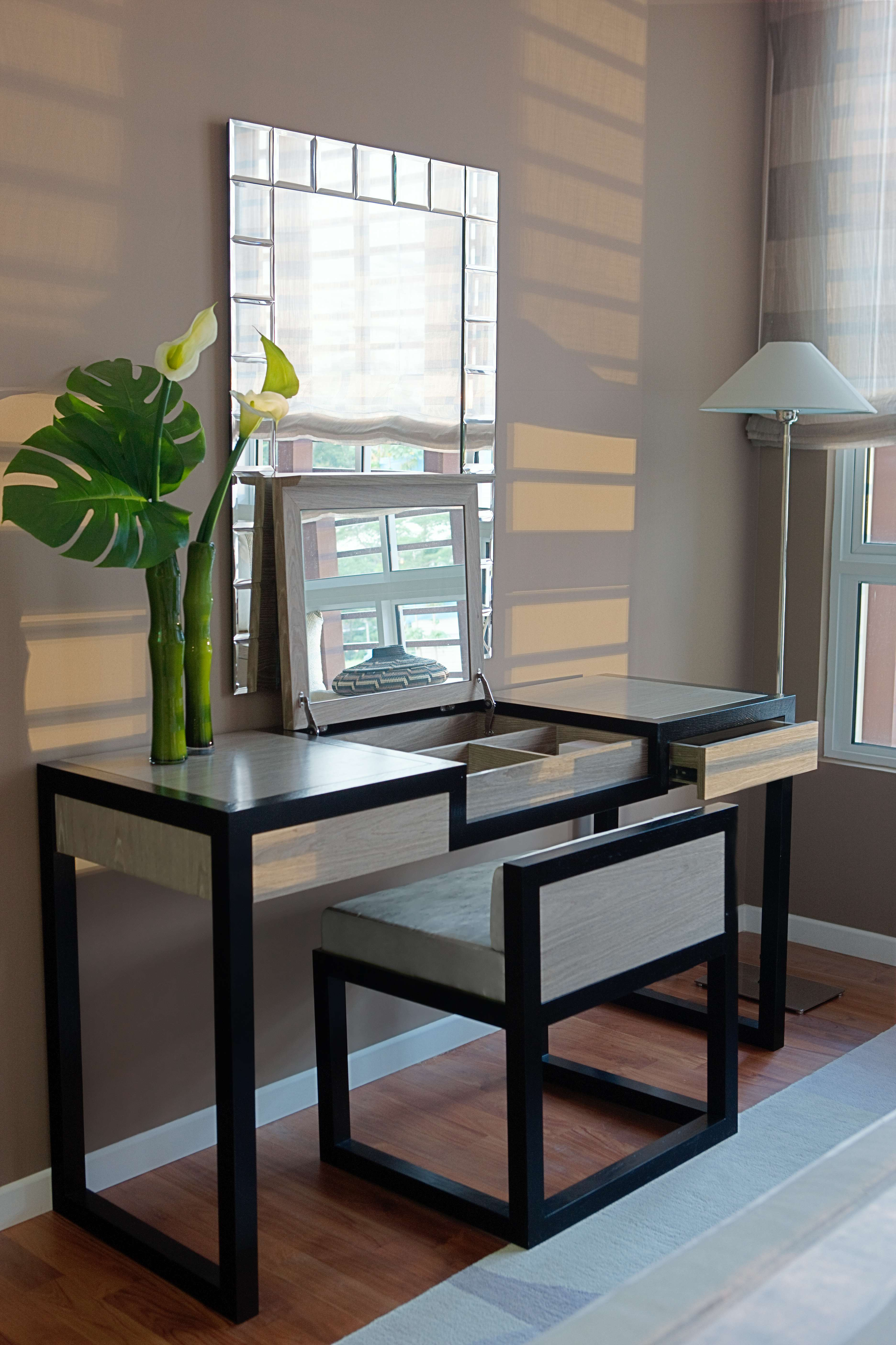 Modern Vanity Table And Chair For Your Home