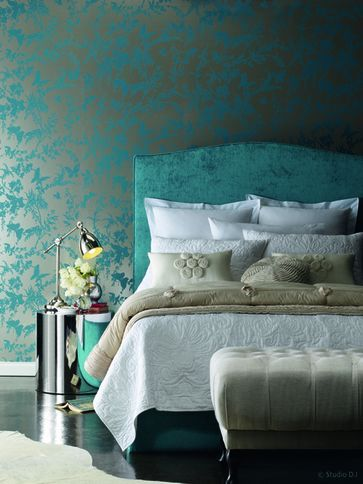 Turquoise Bedroom With Beautiful Tropical Floral Wallpaper