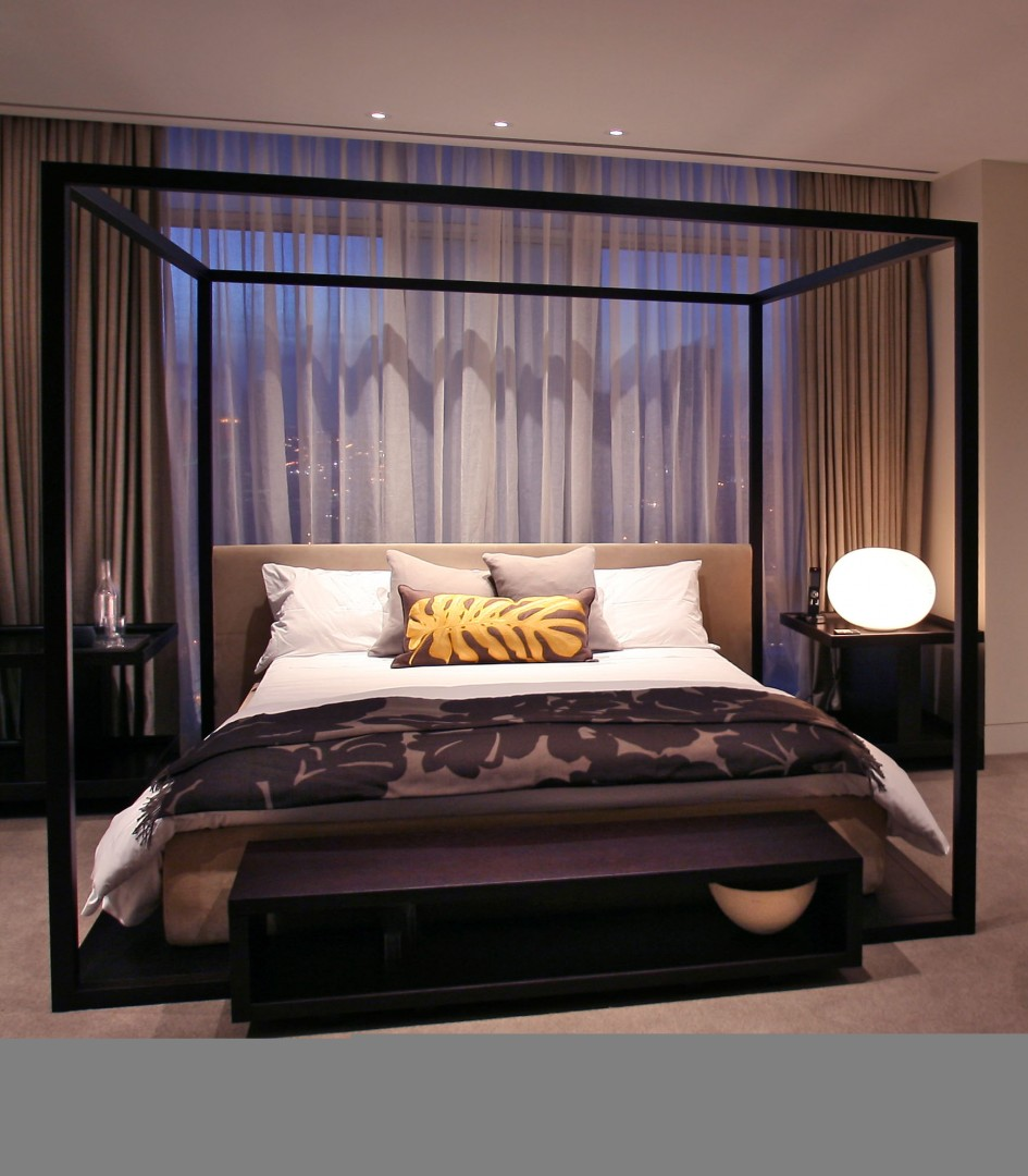 Fabulous Black Iron Modern Four Poster Bed