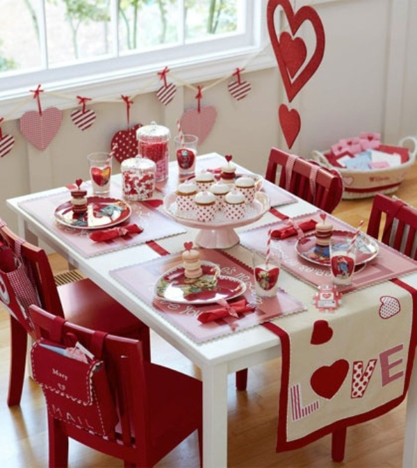 Cool and beautiful decorating ideas for valentine 39 s day for Home decorations for valentine s day