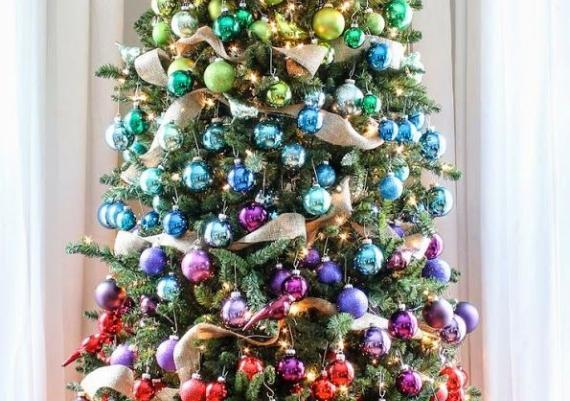A Colorful Christmas Tree Idea