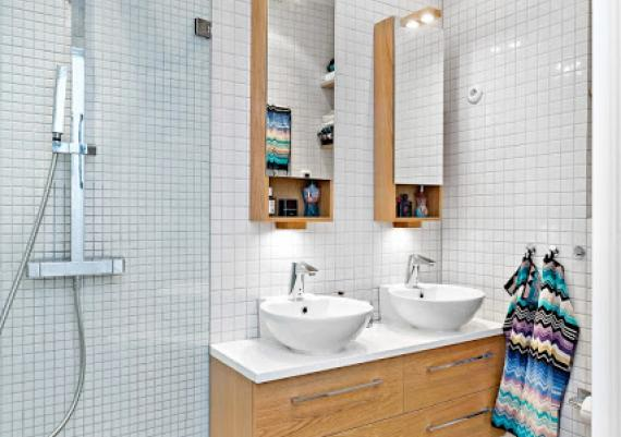 Wood Furniture And White Tiles For Bathroom Design Idea