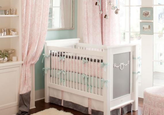 Stylish Light Pink baby Cribs Design Idea For Girls
