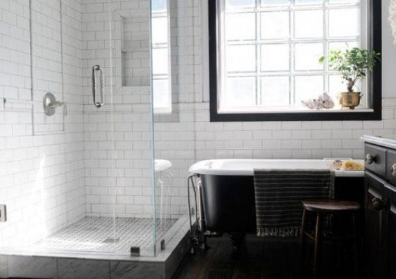 Black And White Modern And Vintage Shower And Bathtub