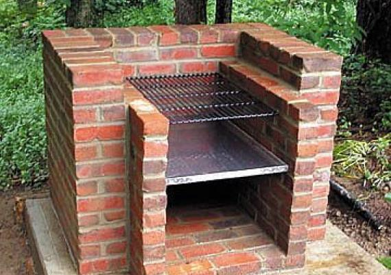 DIY Outdoor Brick Grill For Your Backyard