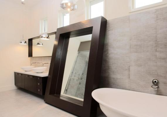 Delightful Decorative Bathroom Mirrors
