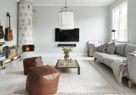 Fabulous Modern With Rustic Accents Black And White Apartment