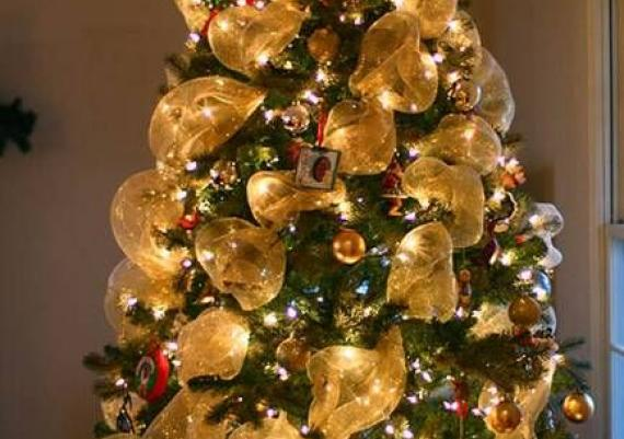 Fun Christmas Tree Decorating with Colorful Ribbons