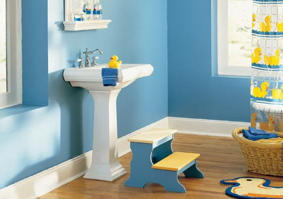 Funny Blue Kids Bathroom Design Idea