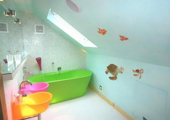 Inspiring Green Soaking Tub For Kids Bathroom Design