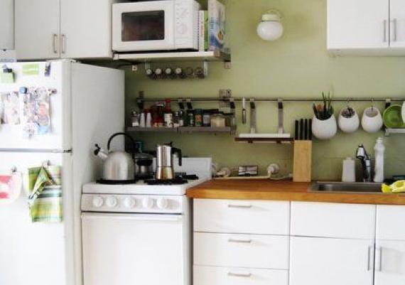 Small Organized, Efficient and Tiny Real-Life Kitchen Design