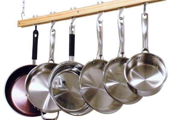 Standard Ceiling Mount Wooden Pot Rack For Kitchen Design